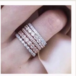 Jewelry - 5Pcs Rose Gold Stackable Ring